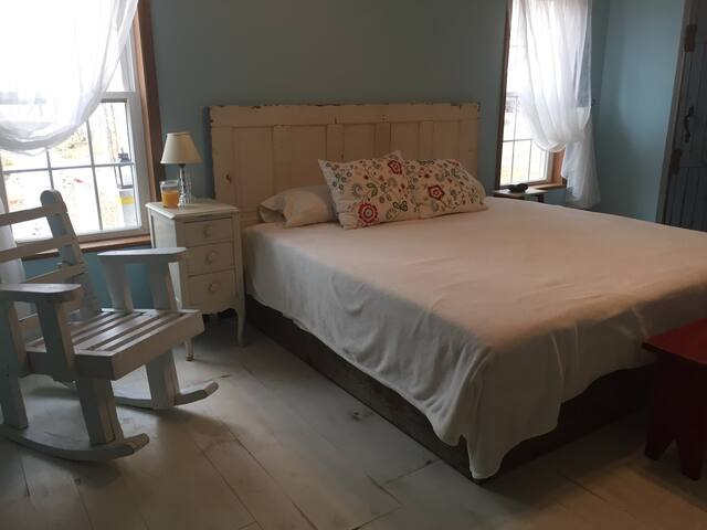 Master bedroom with new king bed (December 2017). Large closet and dresser available as well
