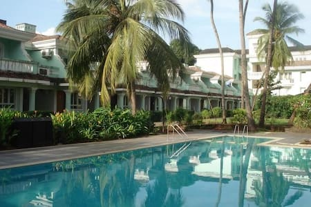 Lovely 3-BHK Duplex Row Villa in South Goa - Navelim - Villa