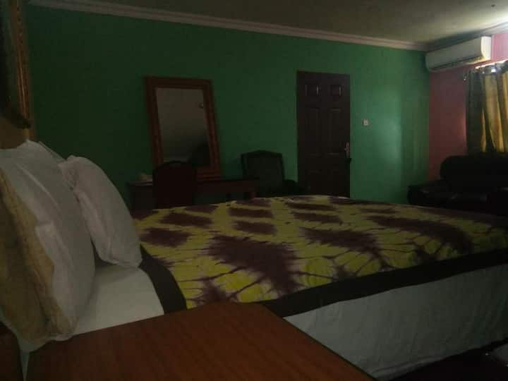 Deroma Hotels & Suites - Executive Room