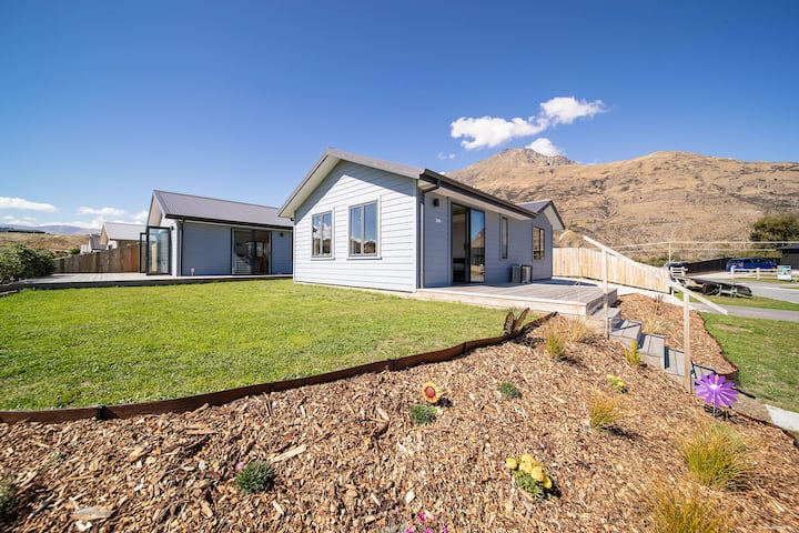 Home! Queenstown Mountain View! Entire Flat!