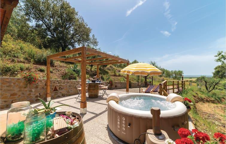 Holiday cottage with 1 room on 30m² in Castiglione della P.