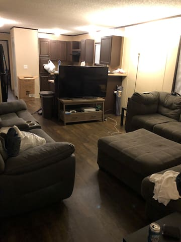 Fully Furnished BR for rent in Park City