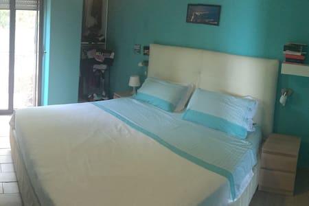 Appartamento sul mare Acciaroli - Huoneisto