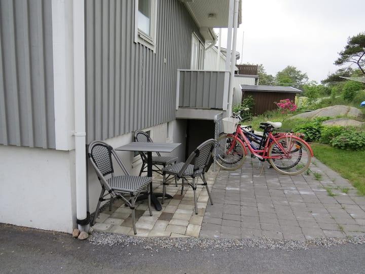 Fräsch källarvåning i Lysekil