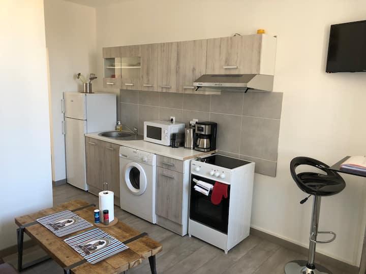 Lumineux appartement neuf et bien situé (1)