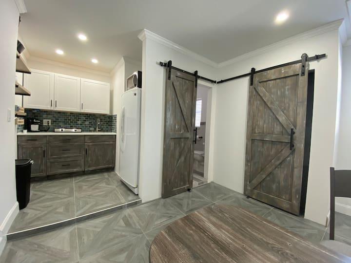 Studio Apartment by Siesta Key beach