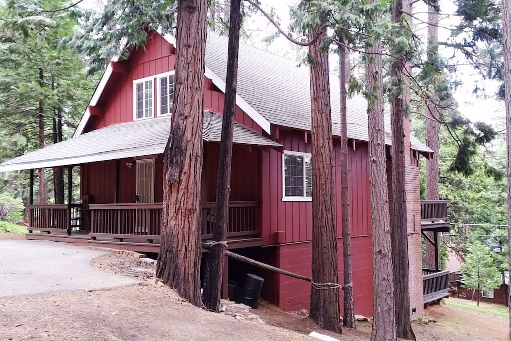 Welcome to the Red Fox Cabin