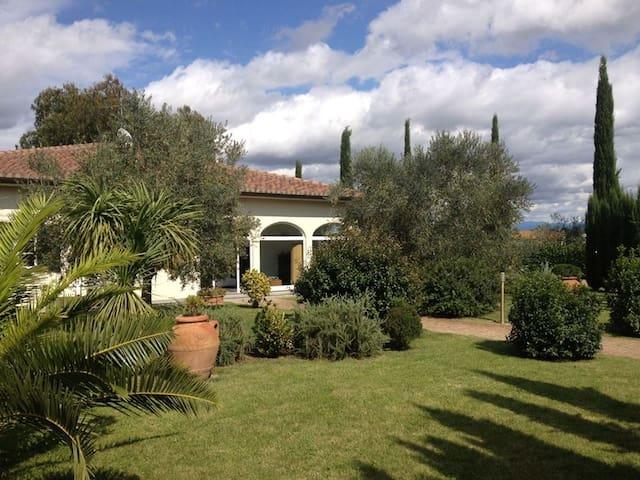 Appartamenti a 8 km da Castiglione della Pescaia - Castiglione della Pescaia - Rumah