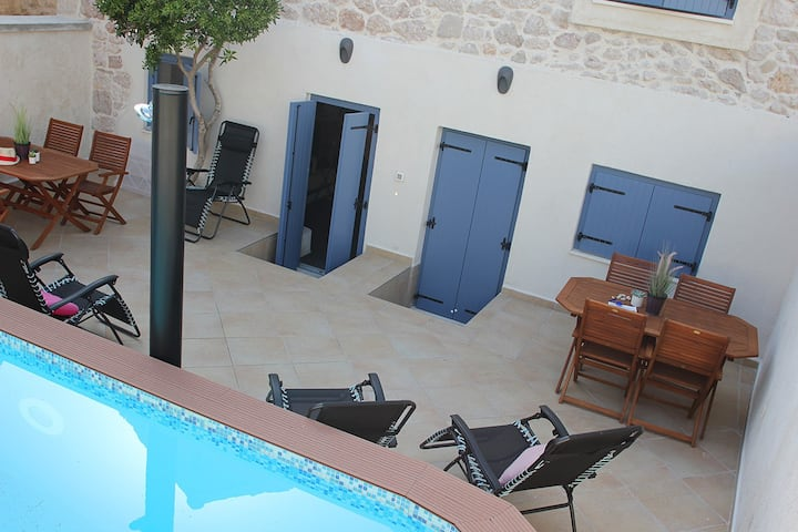 Fabulously located stone house with private pool