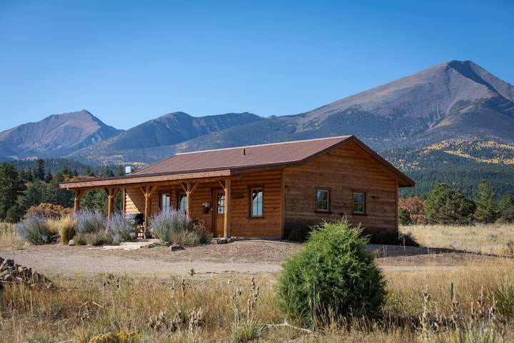 Secluded, artistic cabin nestled against the Sangres. Rates in Jan-Feb. set for stays 4 nights or more.