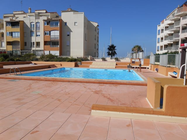 Studio Cabine Piscine Terrasse Centre Port
