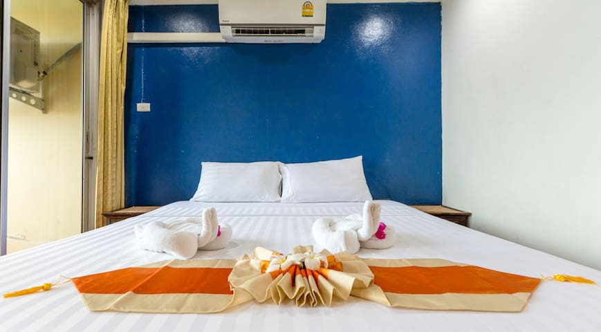 Deluxe room - Airconditioned