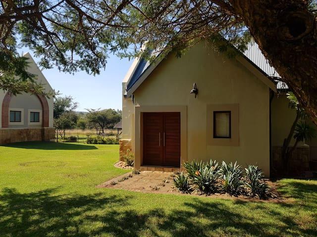 Romantic little Sandstone cottage in the Bushveld.
