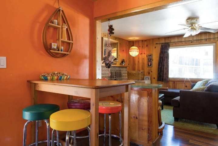 1BR in Retro Chic Cabin Walk to Lake and Casinos!