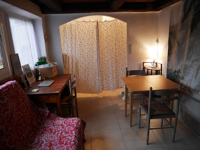 Charmant studio coeur historique de Vence&terrasse
