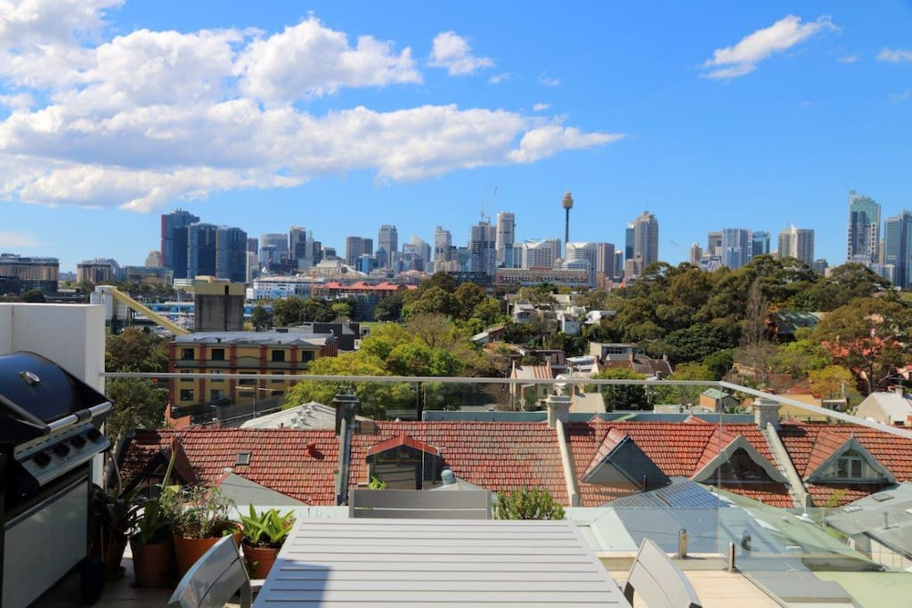 Wonderful views out to the Sydney CBD Skyline and the water