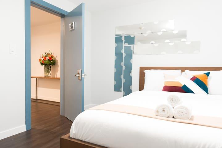 LAX Quaint Studio in Hostel Hotel w/ Queen Bed 101 - El Segundo - Boutique hotel