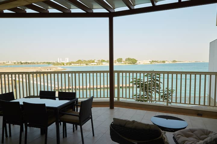 Royal M Villa - Sea View