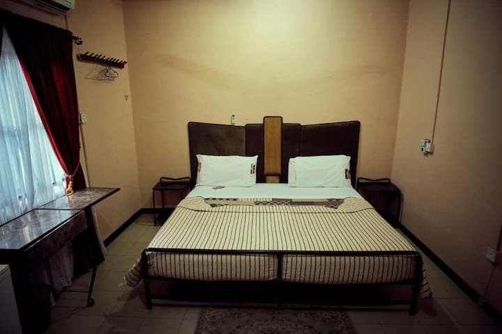 four private bedrooms @ Osu- Accra