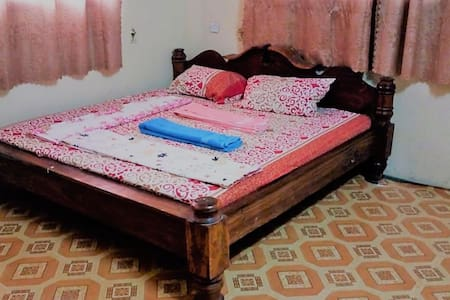 Lovely Room in Stone Town with private bathroom