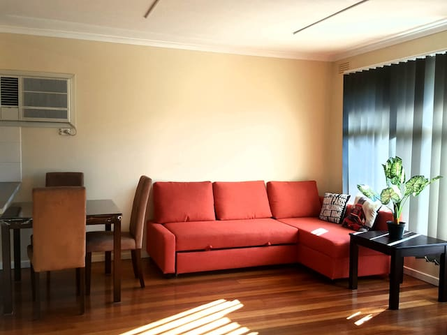 Cozy and Private One Bedroom Apartment *1