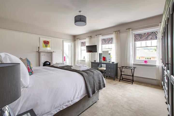 Alton House Sheringham Room 2