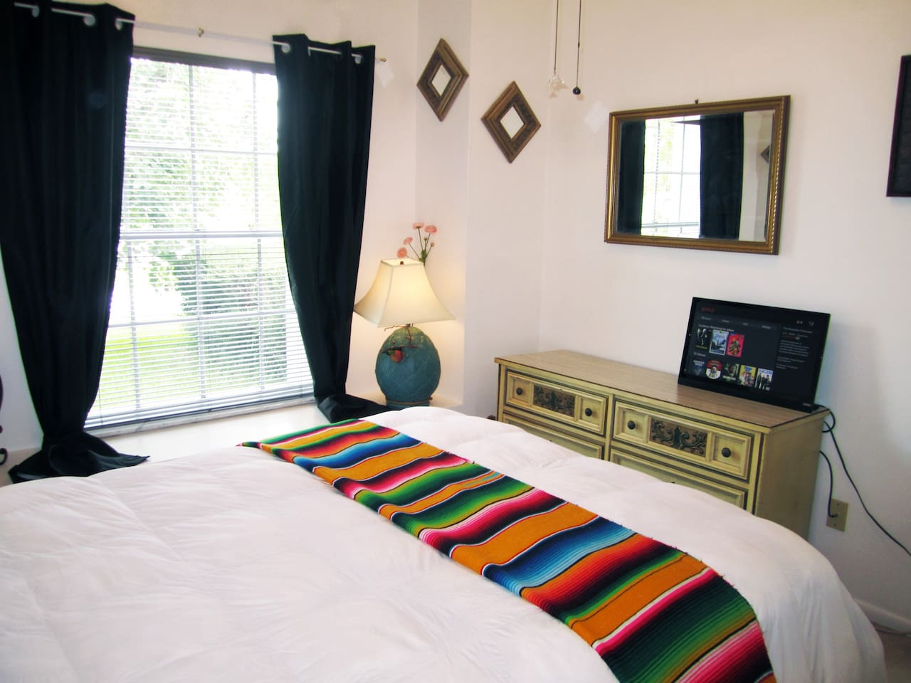 """""""....the most comfortable bed you'll ever sleep in waiting for you."""" Roy · Austin, TX"""