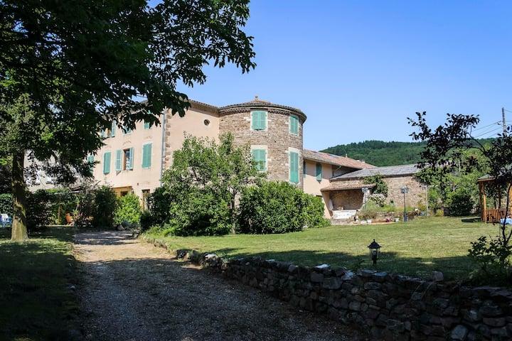 Chambre familiale dans maison d'hôtes Beaujolais