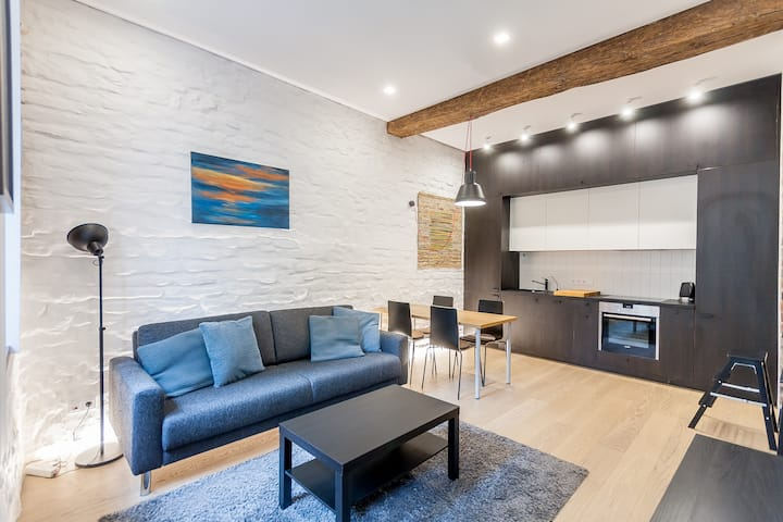 Old Town Pylimo apartment by Urban Rent