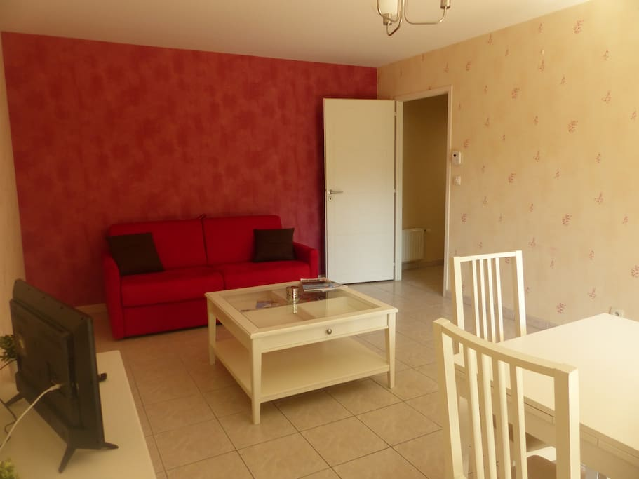T2 annecy le vieux jardin garage flats for rent in for Garage ad annecy