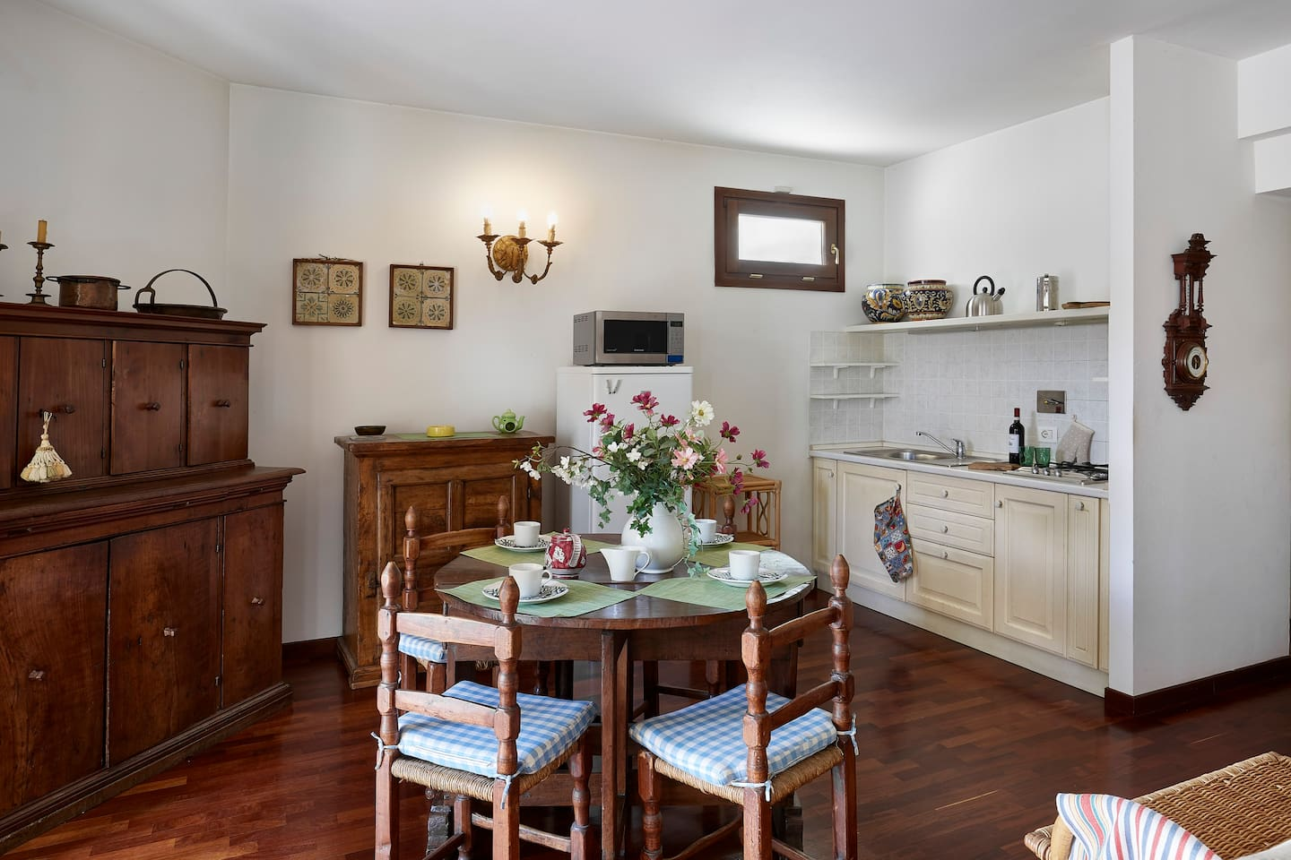 Elegant Flat With Terrace And Garage Apartments For Rent In  # Muebles Firenze