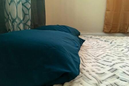 Sleep Tight Teal Room