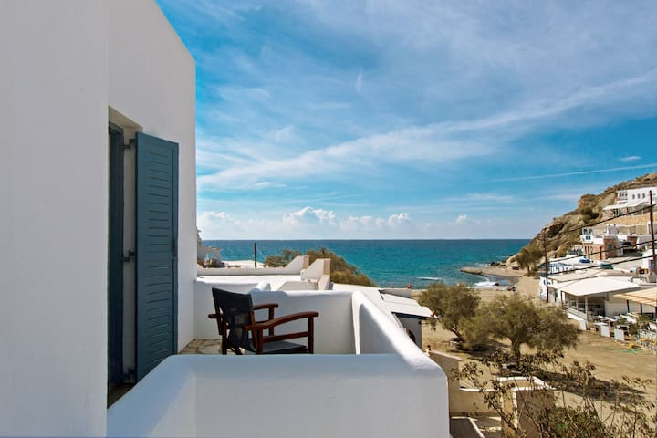 Perigiali Apartment in Folegandros