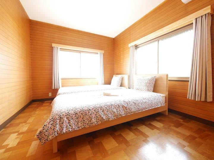R7 Classy contemporary Room Roppongi