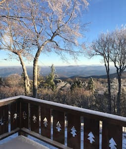 Beech Mountain Chalet With A View