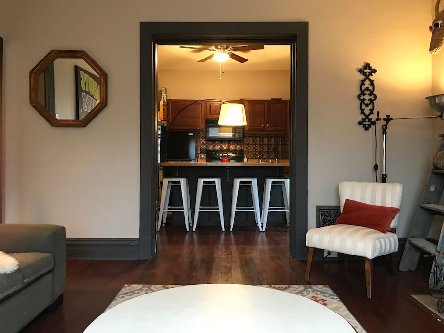 Urban 3 Bedroom Close To The City Fox Park Apartments For Rent In St Louis Missouri