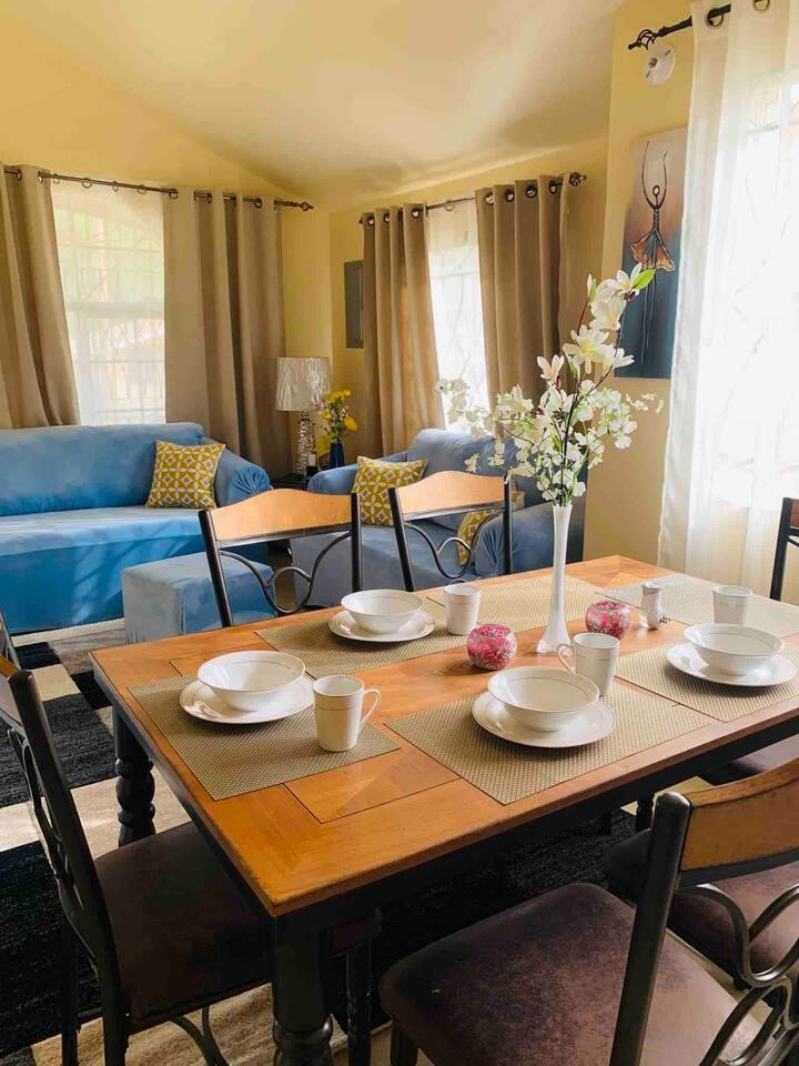 Cozy & Elegant 2 Bedroom Home in Gated Community
