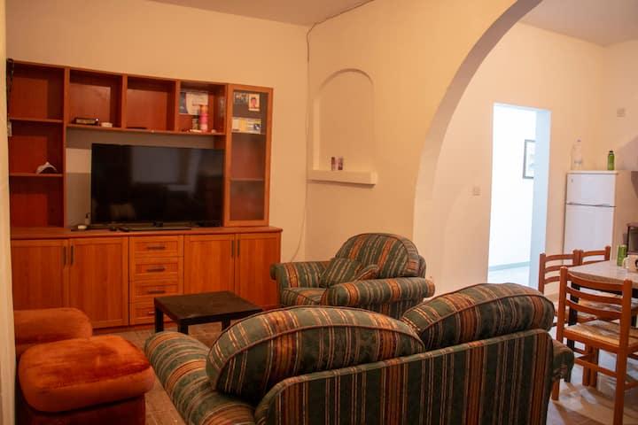 Spacious 3 Bedroom Apartment in Zejtun