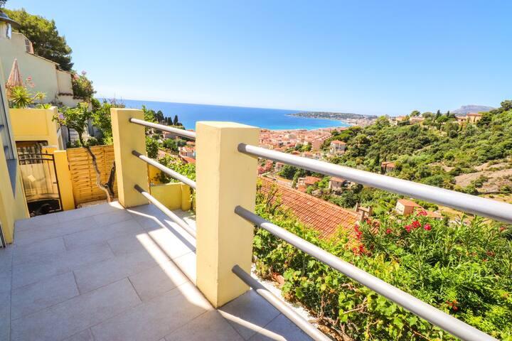 «Le panorama» Cosy 2 pièces avec jardin vue mer