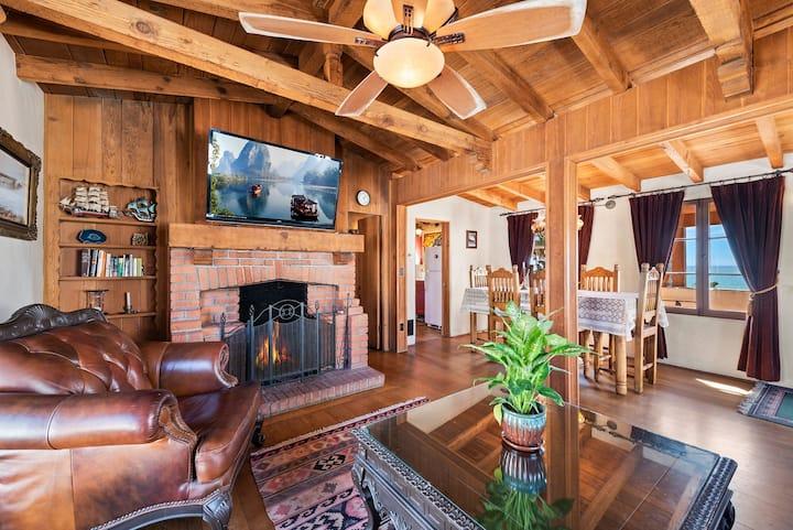 Oceanfront Hacienda The Sombrero Suite