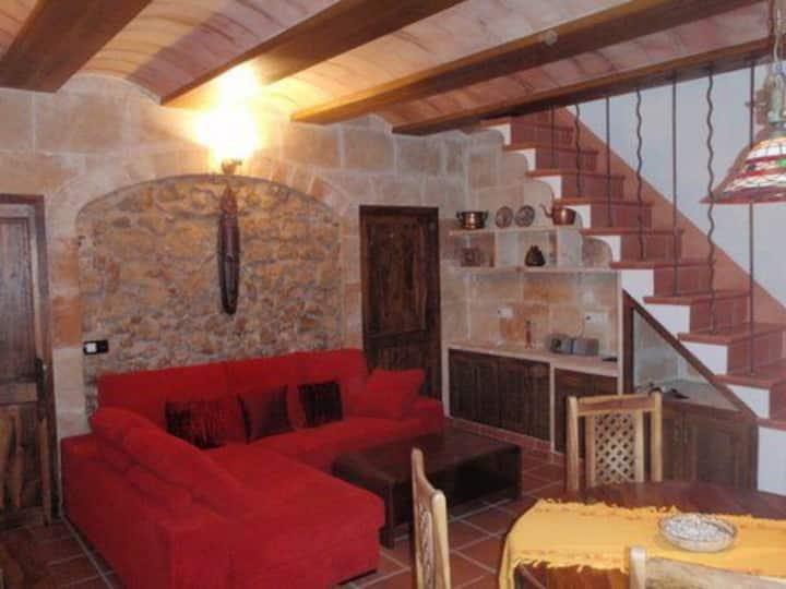 Casa Rústica restaurada centro histórico de Maó