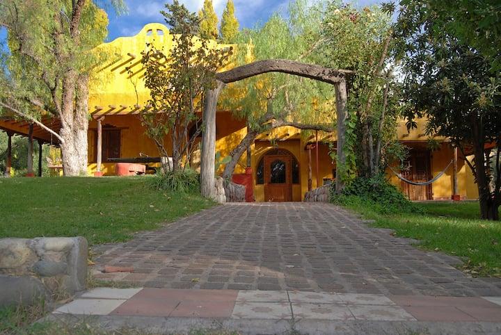 Finca La Encantada Eco Wine Lodge