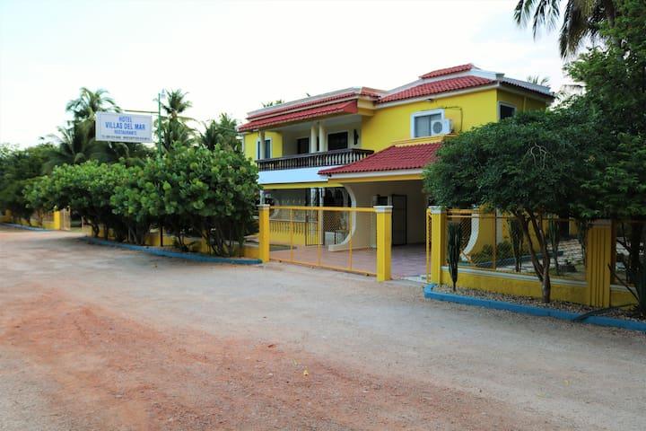Habitación Triple, 2 camas Qeen, 1 Cama Twin