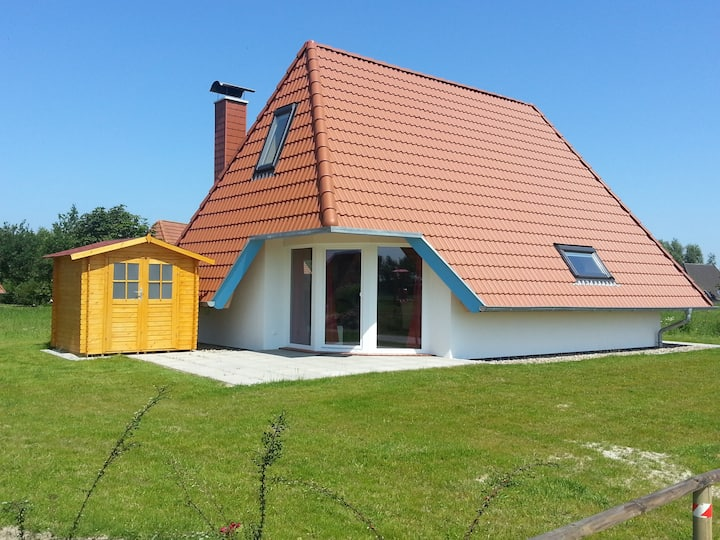 Ferienhaus für 4 Gäste mit 68m² in Dorum (51821)