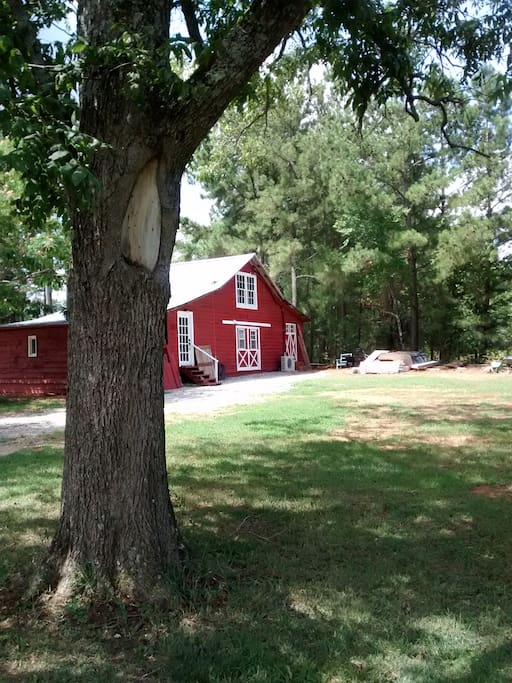 Selah Barn - View from Yard
