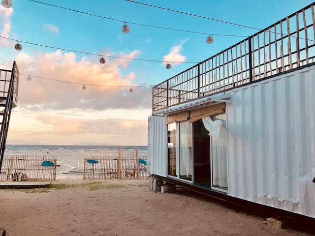 Big family Beach front Container Home fits 15 pax
