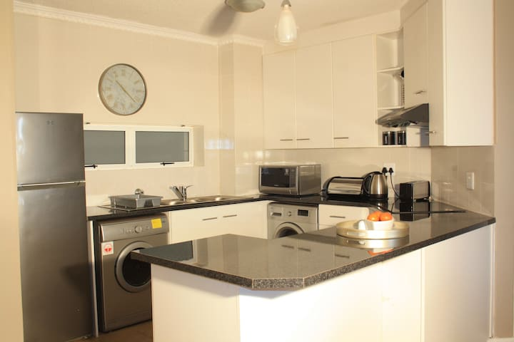 Kitchen Unit 103