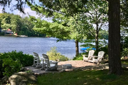 Bala-Retreat on the Moon River in Muskoka