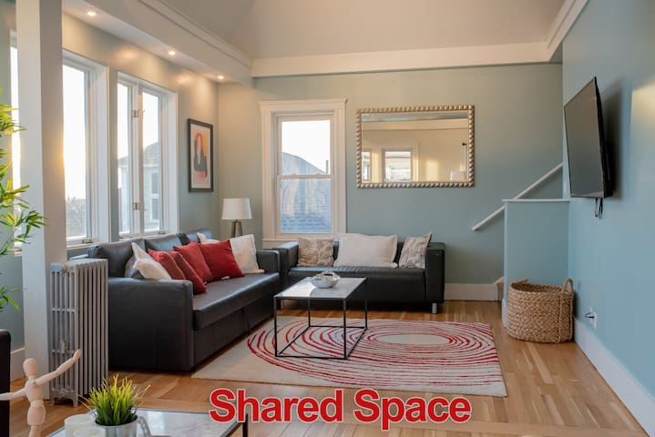 Relax in the large living room space, watch your favorite Netflix show and take in the view.