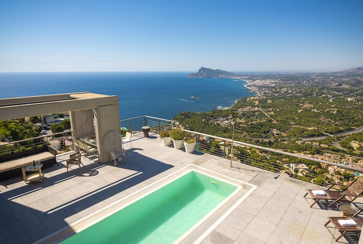 GALES, villa for 8 pax in Atea with incredible sea views, free WIFI